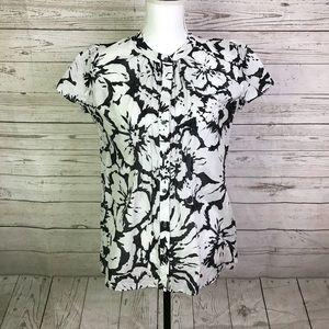 Banana Republic NWT blouse lightweight floral S
